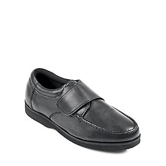 Chums Mens Wide Fit Touch Fasten Leather Shoe