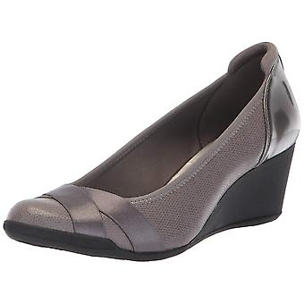 Anne Klein Femme Timeout Wedge Heel Pump