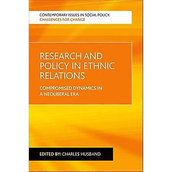Investigación y la política en las relaciones étnicas - dinámica comprometida en un Ne