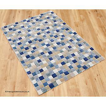 Nouveaux tapis bleu