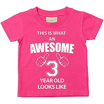 これは何の素晴らしい 3 年古いに見えるようなピンクの t シャツです。