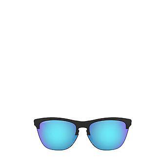 أوكلي OO9374 غير لامع النظارات الشمسية السوداء للجنسين