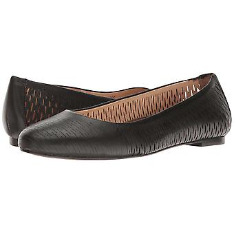 Walking Cradles Womens Blaire Leather Round Toe Ballet Flats