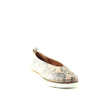 Gentle Souls By Kenneth Cole | Demi Leather Flats