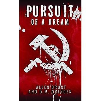 Pursuit of a Dream by Daniel Ovenden - 9781784651817 Book