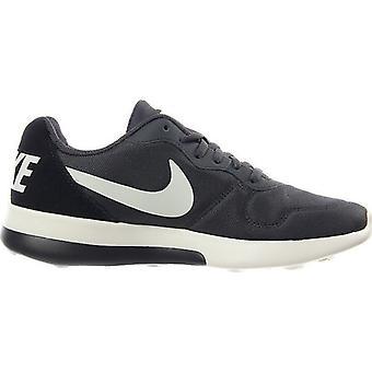 Formateurs de la femme Nike MD Runner 2 LW