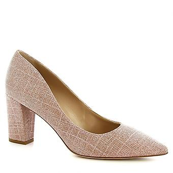 Women's handmade high heels pumps in powder pink fabric