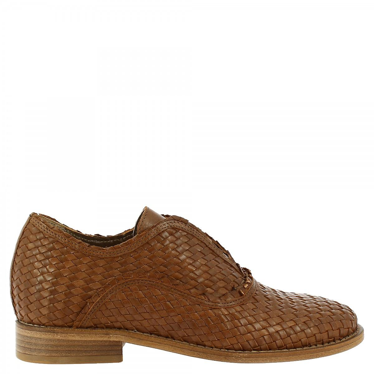 Leonardo Shoes Women's handmade slip on loafers shoes in brown woven leather