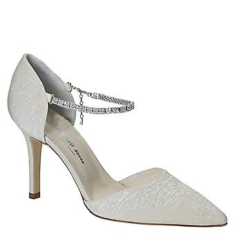 Italian wedding shoes for bride in ivory satin
