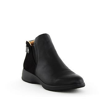 Naturalizer | Barita Flat Ankle Boots