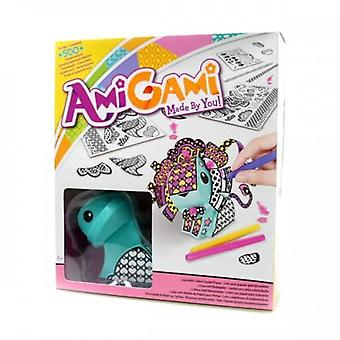 Amigami green lion with colour guide paper