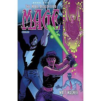 Mage Book One: Hjälten upptäckte volym 2 av Matt Wagner (Pocket, 2017)