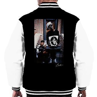 Offentlige fjende smag Flav Chuck D på trin mænds Varsity jakke