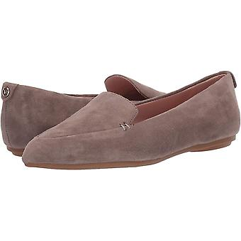 Taryn Rose Women's Faye Loafer Flat