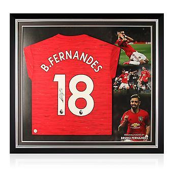 Bruno Fernandes värvade Manchester United-tröjan. Premium ram