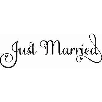 Hampton Art Wood Mounted Stamp - Just Married
