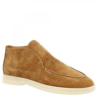 Leonardo Shoes Women's handmade round toe slip-on ankle boots in tan suede leather