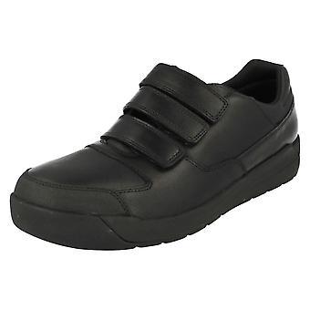 בכירים בג על ידי נעלי בית הספר Clarks מונטה לייט