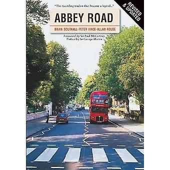 Abbey Road Revised edition door Southall & Brian