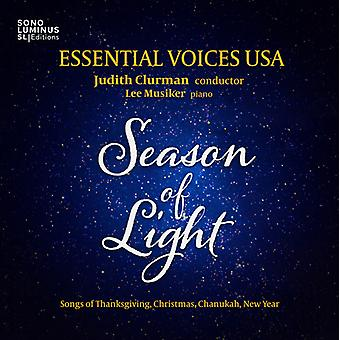 Britten / Bucchino / Essential Voices Usa - Season of Light: Songs of Thanksgiving / Christmas [CD] USA import
