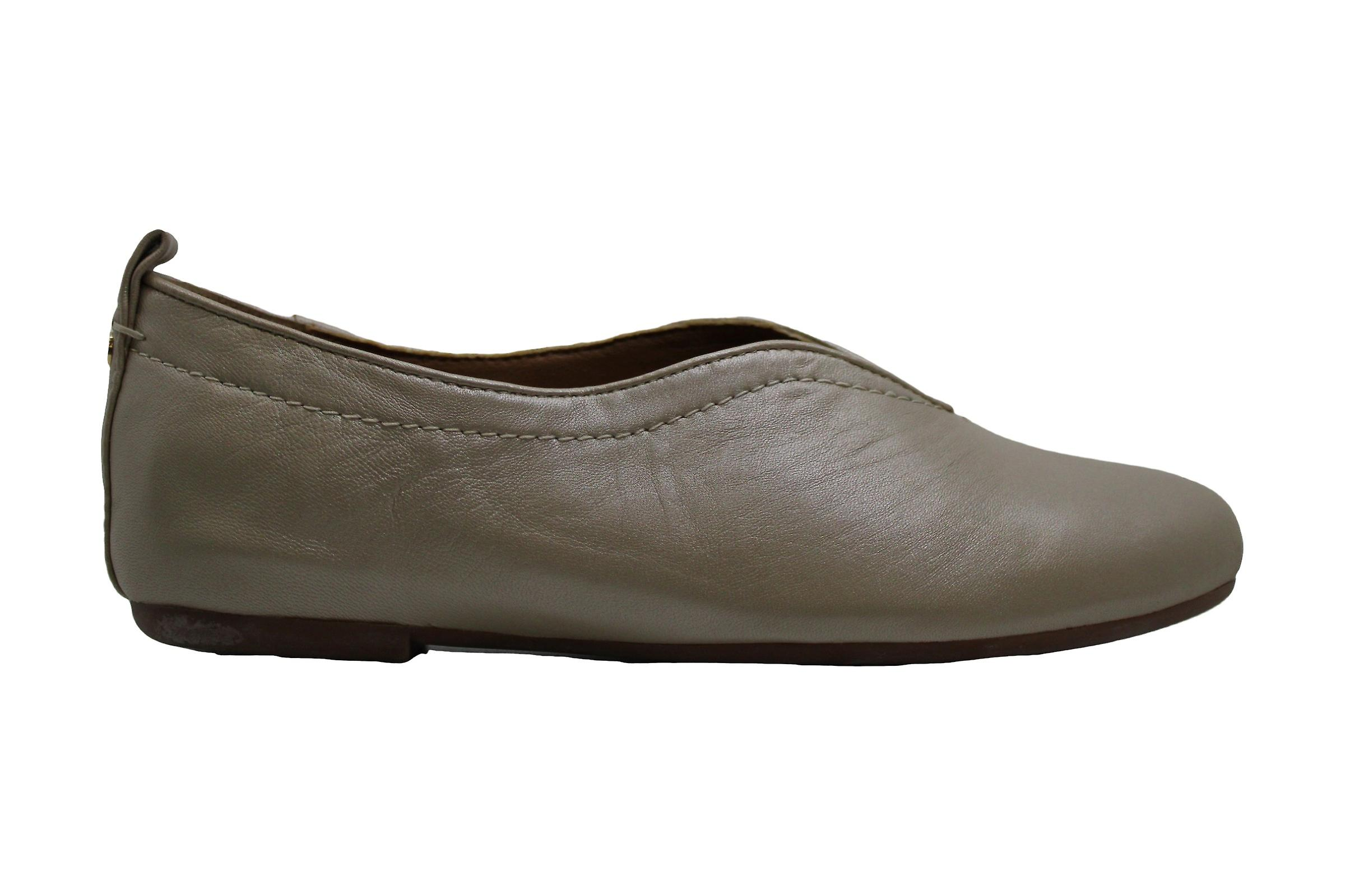 Lucca Lane Women's Shoes Bayla Leather Closed Toe Loafers 5xiF9