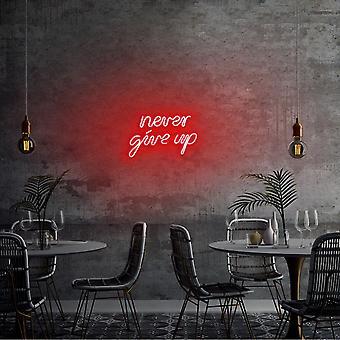 Ge aldrig upp - Röd röd vägglampa