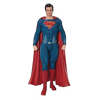 Justice League ARTFX + statue of Superman in plastic (PVC & ABS), scale 1:10, manufacturer: Kotobukiya.