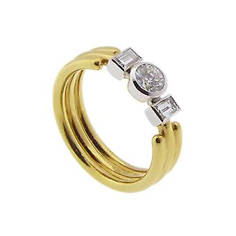 Gold ring with diamond and brilliant