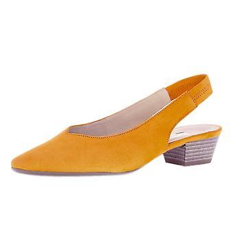 غابور هيثكليف أنيقة وأشار إلى تو Sling مرة أخرى أحذية في مانجو سويد