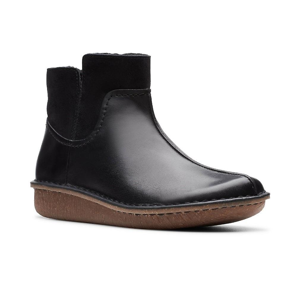 Clarks Funny Mid 261443214 Universal Winter Women Shoes