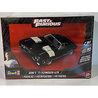 Fast and Furious Doms Plymouth GTX 1:25 Scale Model Kit Revell 07692