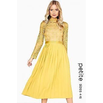 Petite Alice Crochet haut robe avec jupe plissée