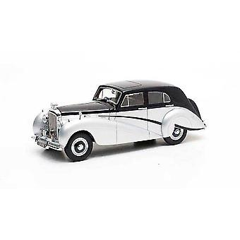 Bentley Mark VI Harold Radford Countryman (1951) Resin Model Car