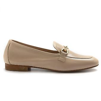 Moccastic Woman Nouvelle Femme Beige With Clamp