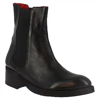 Leonardo Shoes Women's handmade casual ankle boots in black calf leather