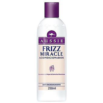 Aussie Unmanageable Hair Frizz Miracle Conditioner 250Ml