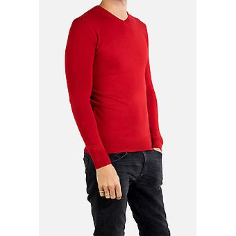 Fitted V-neck long-sleeved sweater