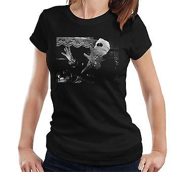 Den osynlige mannen talande kvinnor's T-shirt