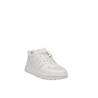 UGG | HIghland Sneaker