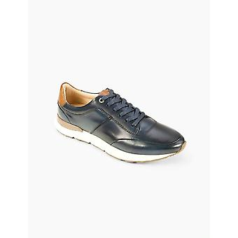 Calabria Navy Trainer