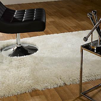 Pärla mattor i vitt