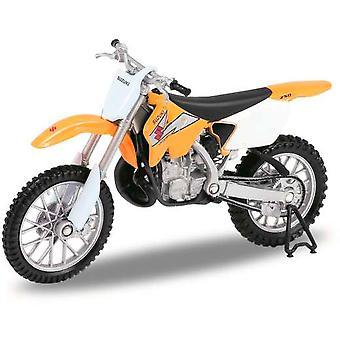 Suzuki RM250 i gult