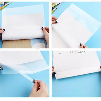 Vedenpitävä oppikirja Suojaava muovikansi (16k: Noin 38 x 27 x 0,2cm.)