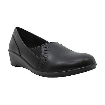 Easy Street Womens story Almond Toe Loafers