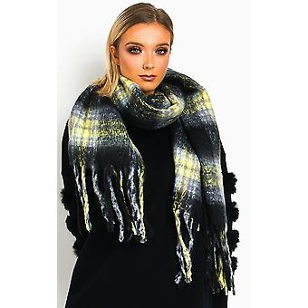 IKRUSH Womens Nicole Fluffy Checked Print Scarf