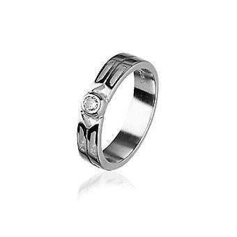 Sterling Silver Traditional Scottish 'Cubid' Design Ring WIth Cubic Zirconia Stone