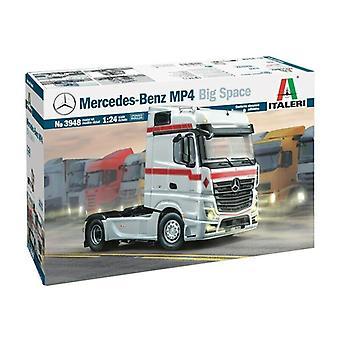Italeri 3948 Mercedes Benz Mp4 Big Space 1:24