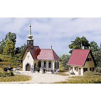 אוהאגן 14461 N כנסיית הכפר עם בית הקהילה