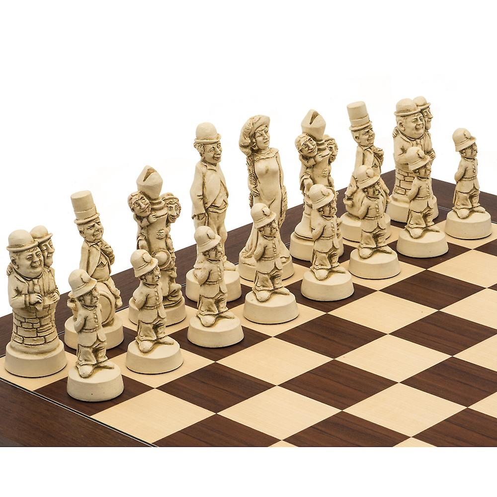 The Berkeley Chess Movie Stars Russet and Palisander Grand Chess Set