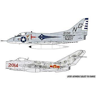 Airfix A50185 Mig 17F Fresco And Douglas A-4B Skyhawk Dogfight 1:72 Scale